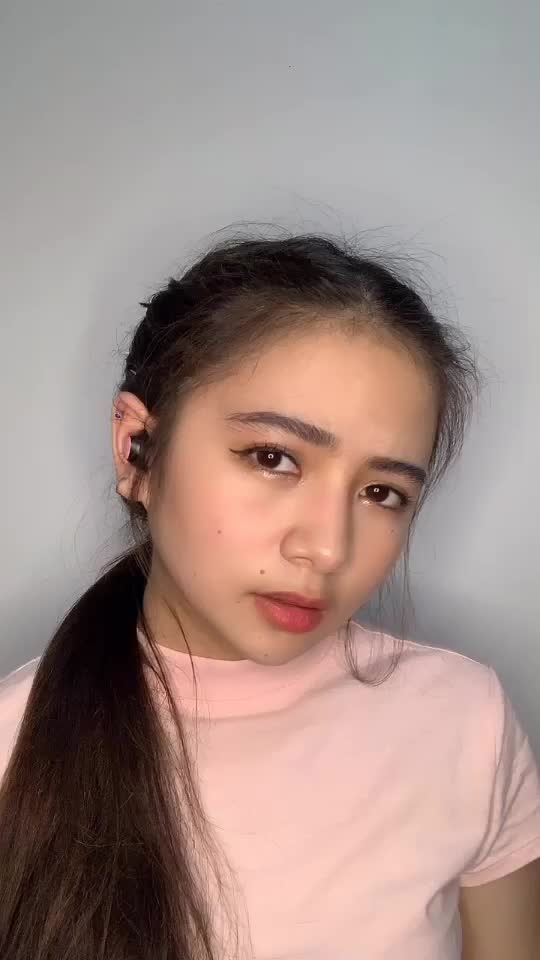 @queenellacruz TikTok Analytics